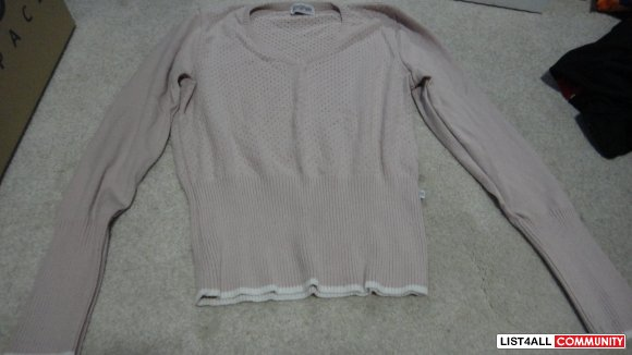 small sweater pink with white