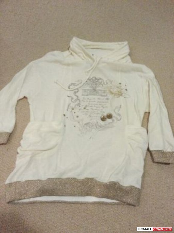 cream / gold 3/4 sleeve blouse ladies size 40 - $10