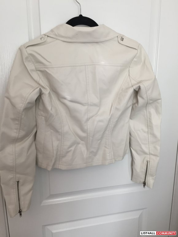 Forever 21 Faux Leather Cream Moto Jacket Size Small