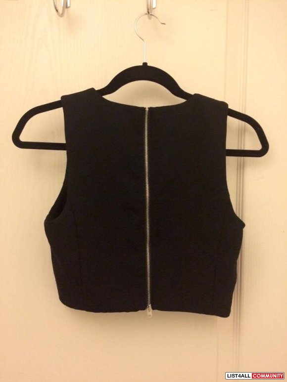 Wilfred Black Crop Zipper Tank (Fits Medium)