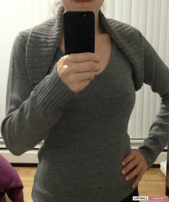 Guess Grey V-Neck Sweater