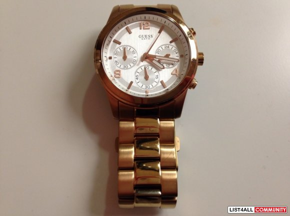 Guess Chronographic Watch W16571L1 in Rose Gold
