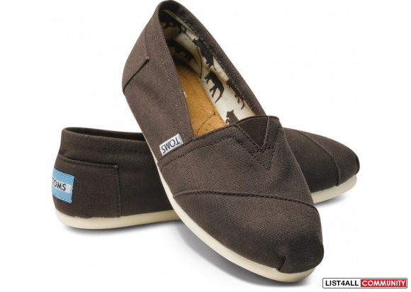 TOMS- Chocolate-womens Size8- BRAND NEW