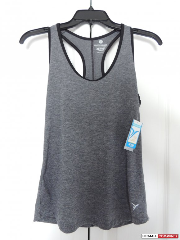 BNWT Old Navy ActiveTank