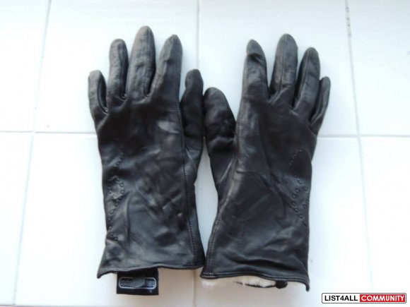 Lambskin black gloves $3