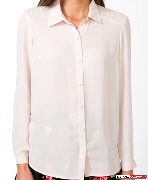 BNWT Pink Forever 21 Lace shoulder Blouse