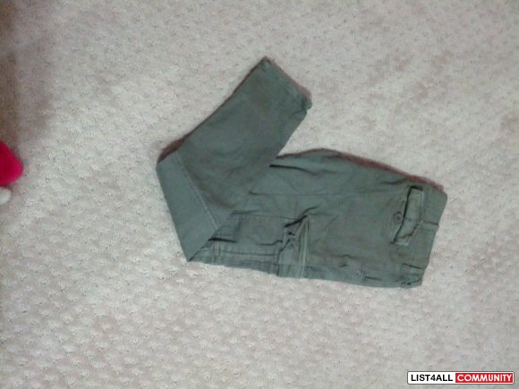 Green cargo pants Size 28