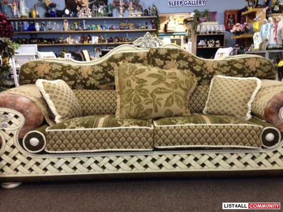 BRAND NEW 2 PC SOFA & LOVESEAT