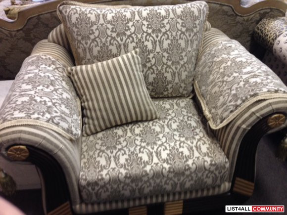 Exquisite Sofa & loveseat and Chair Set
