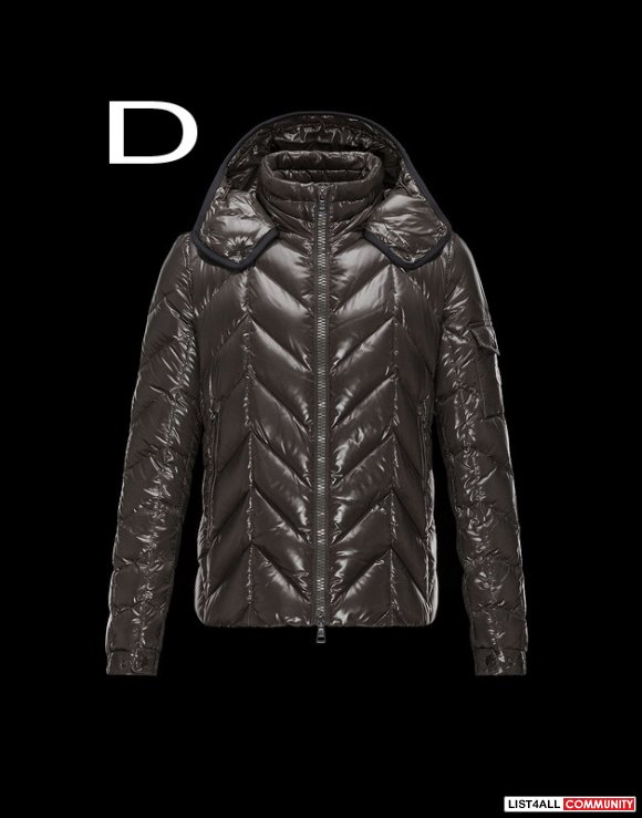 Moncler Berriat Men Bright Detachable Hood Down Jacket Outerwear