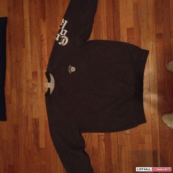 Crooks and Castles crewneck (M) fits like a small in everything else