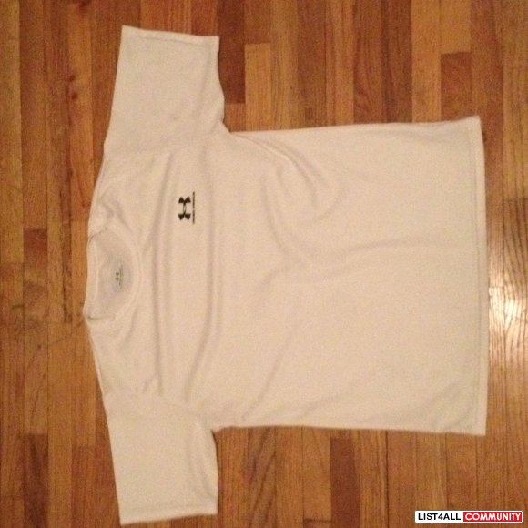 Under Armour shirt size Youth extra large
