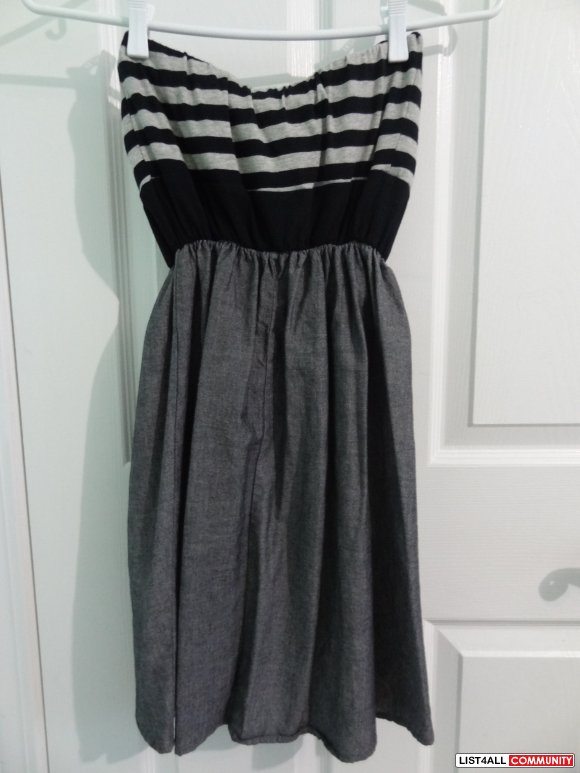 Proof Apparel Tulip Cut Strapless Dress Sz. Small