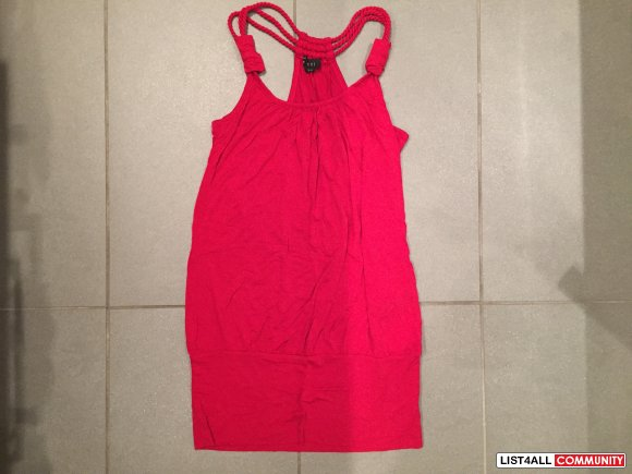 FOREVER21 Red Top