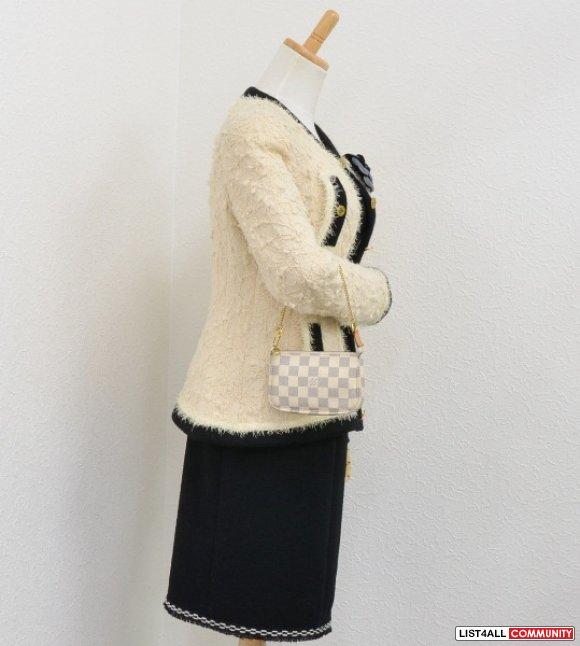 ... Like New 100% Authentic Louis Vuitton Damier Azur Mini Pochette