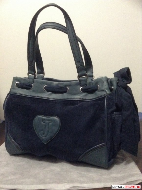 Juicy Couture velour daydreamer bag navy blue new with tag