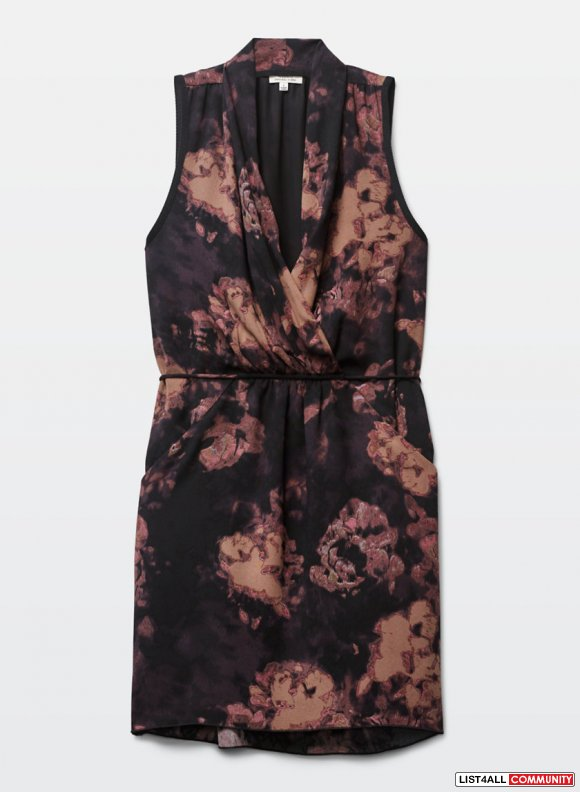 BNWT Fall 2015 Wilfred Sabine Dress from Aritzia