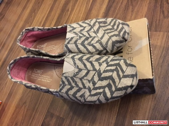 toms womens size 7