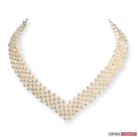 "Pearl ""V"" necklace"