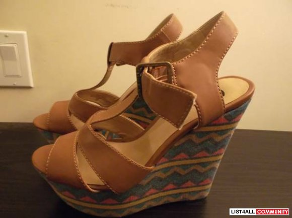 G by Guess wedges - new