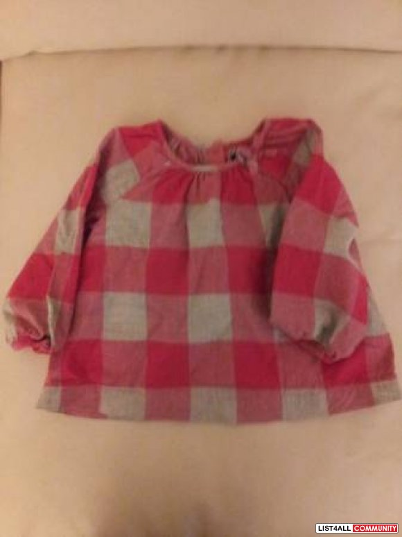 Baby Gap Top - 12-18 months.. like new