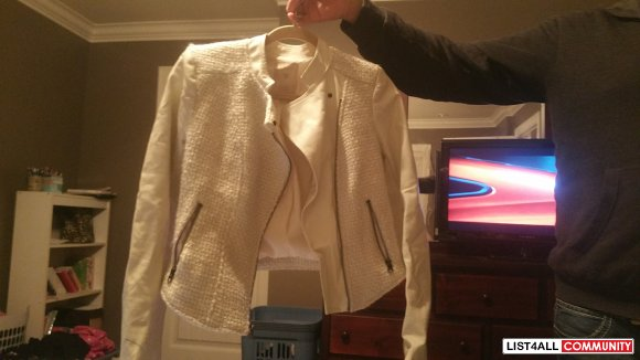 white blazer jacket from GUESS