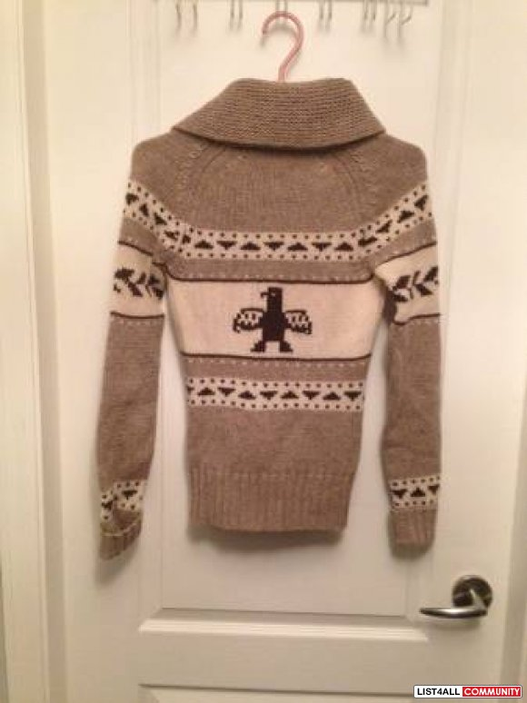 Ladies TNA Knitted Sweater