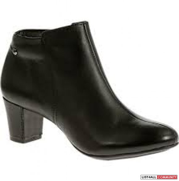 Hush Puppies Black Corie Boots BRAND NEW size 6