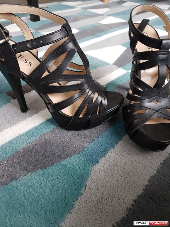 BRAND NEW STRAPY GUESS HEELS SZ 6