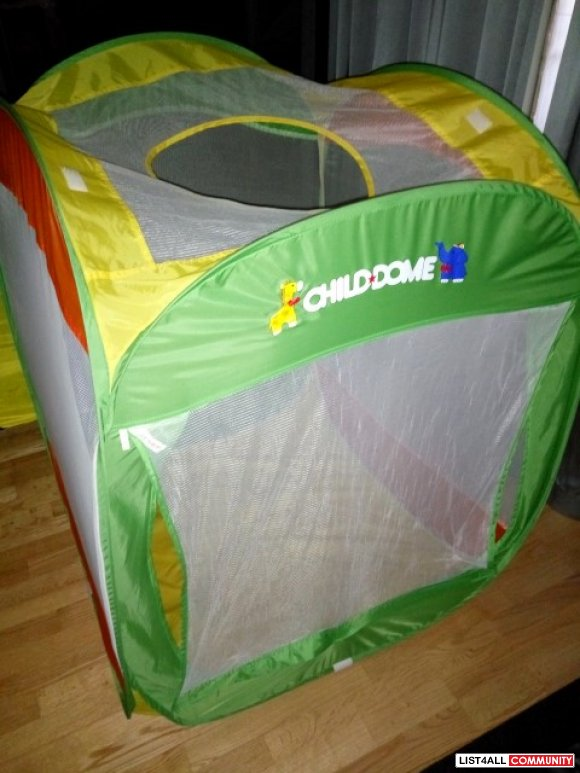 Child Dome Tent and Ball Pit Ages 1-5, $49.99 MSRP