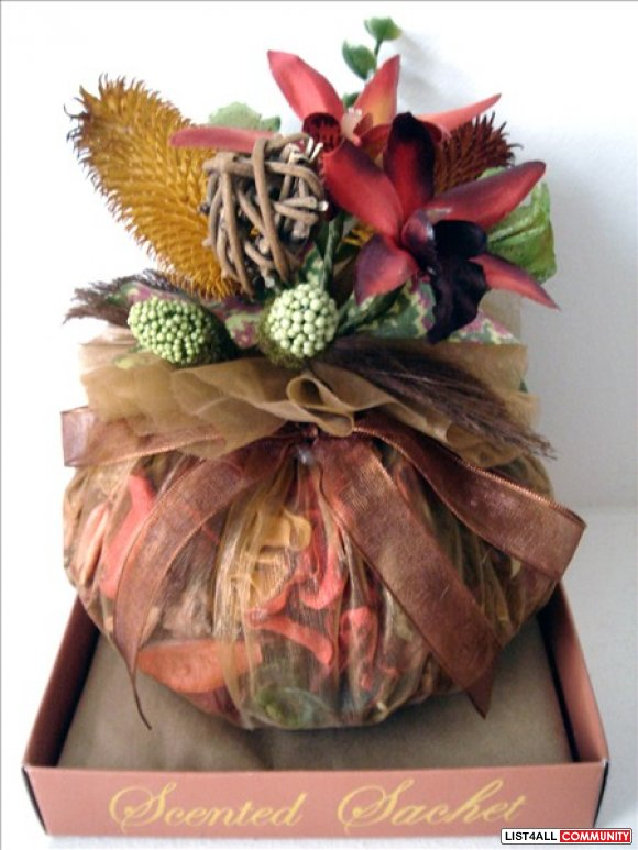 Scented Sachet / Potpourri - With Burgundy Silk Flowers
