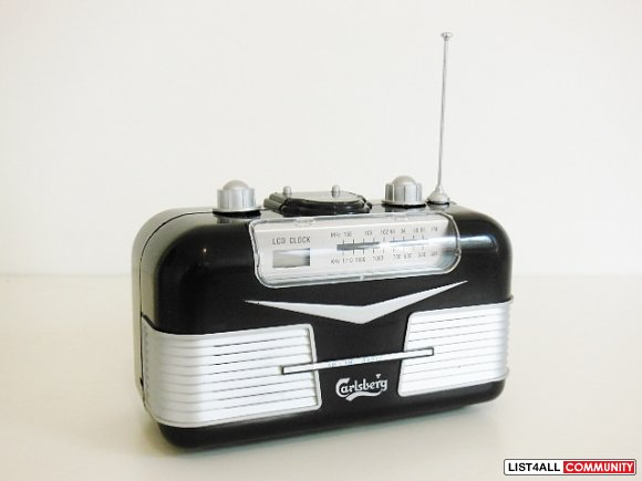 Carlsberg Collectible Classic Antique Retro Style Clock Radio