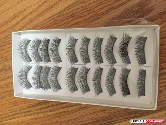 Crisscross False Lashes