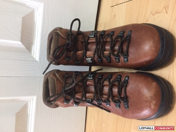 SCARPA waterroof leather woman hiking boots size 37