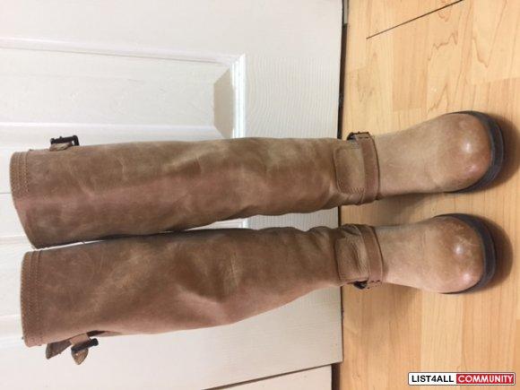 Steve Madden brown leather boots - Made in Romania - Size 6- $35.00