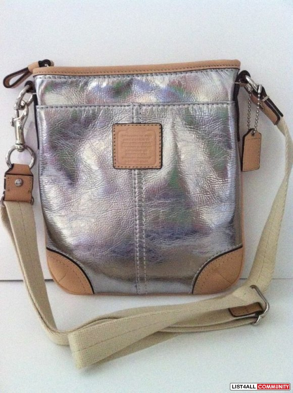 Authentic Pre-Owned Coach Crossbody