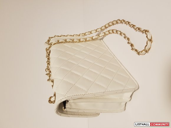 Chanel 225 (Look-a-Like) REPLICA purse
