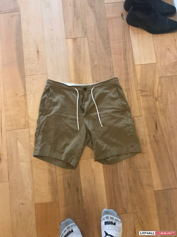Abercrombie & Fitch Shorts  Size: Medium M  Price: $25