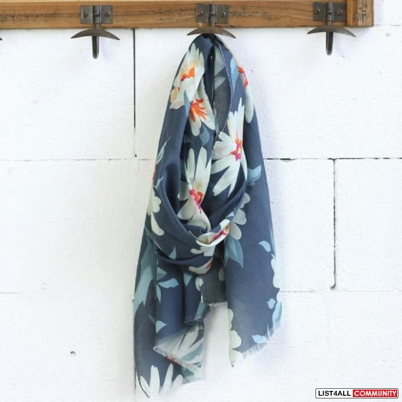 Looking for Women's Scarves in Australia?