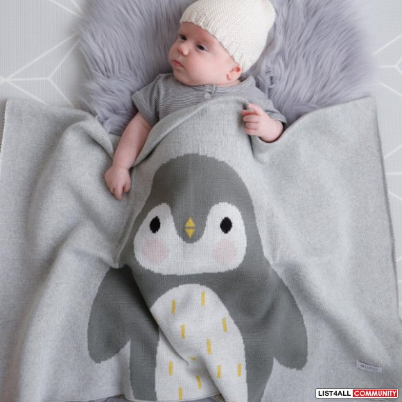 Ensure the best quality of newborn baby blanket with us