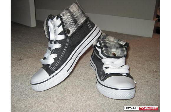Converse Style Runners