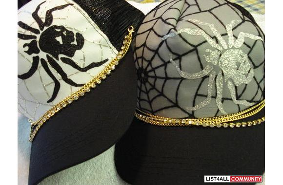 -new spider web hat