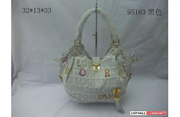 Sell Guess/Chiristian Audigier/Ed hardy/Chanel/Burberry/Coach/LV/Jimmy