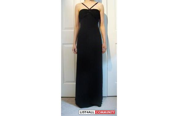 REAL GIORGIO ARMANI FORMAL/GRAD GOWN SIZE 2/38 BLACK