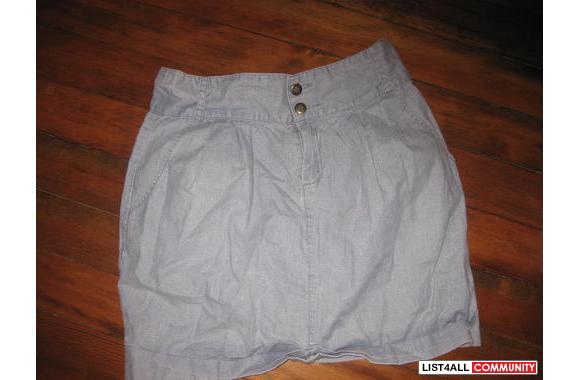 Urban Outfitters high waisted denim skirtFits size 6/8