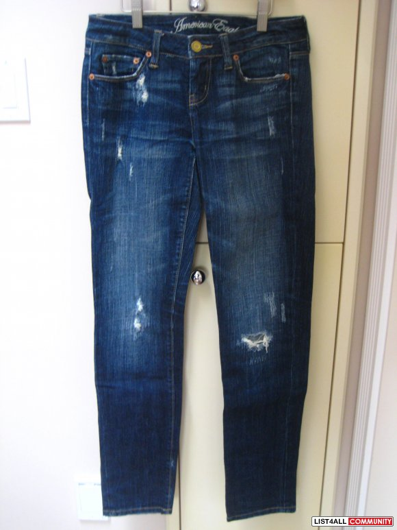 American Eagle Straight 77 Jeans w/ Rips