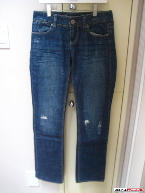 AE 77 Straight Jeans w/ rips