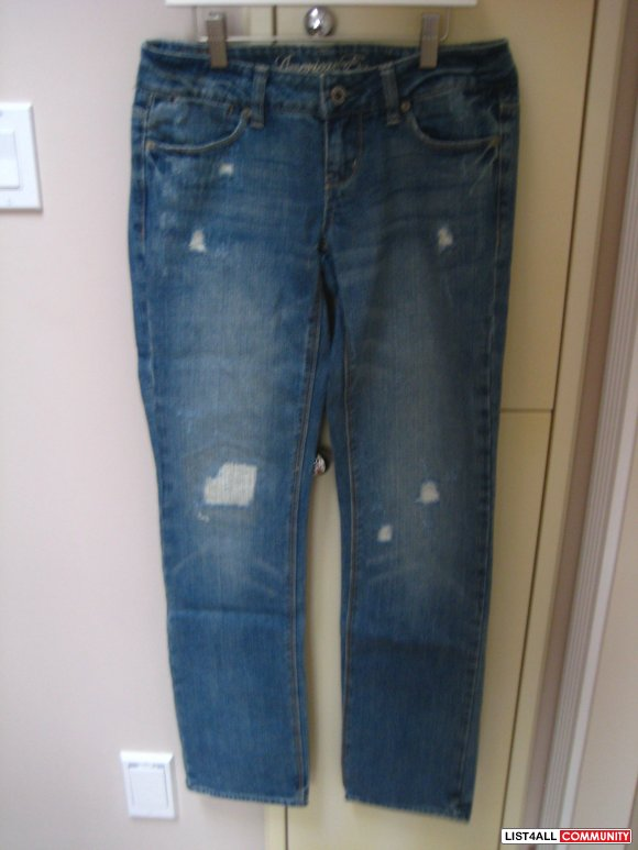 AE Straight 77 Jeans w/ Rips