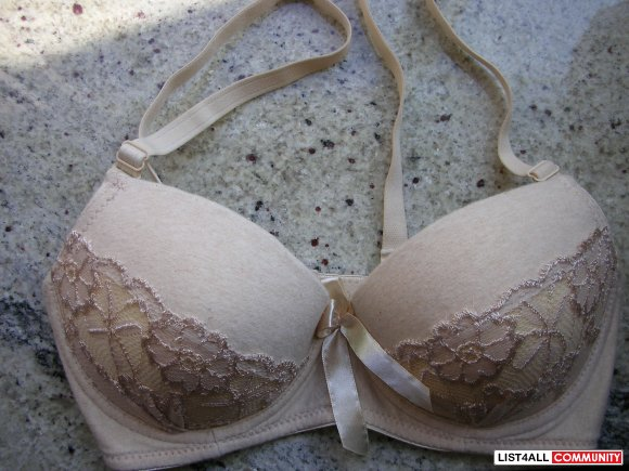 Brand New Beige Lace w/ Bow Design Padded Push Up Bra
