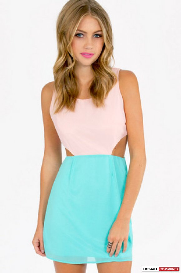 Tobi Cutout Dress